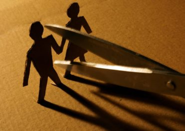 Divorce Litigation vs. Mediation Which Is Best for You?